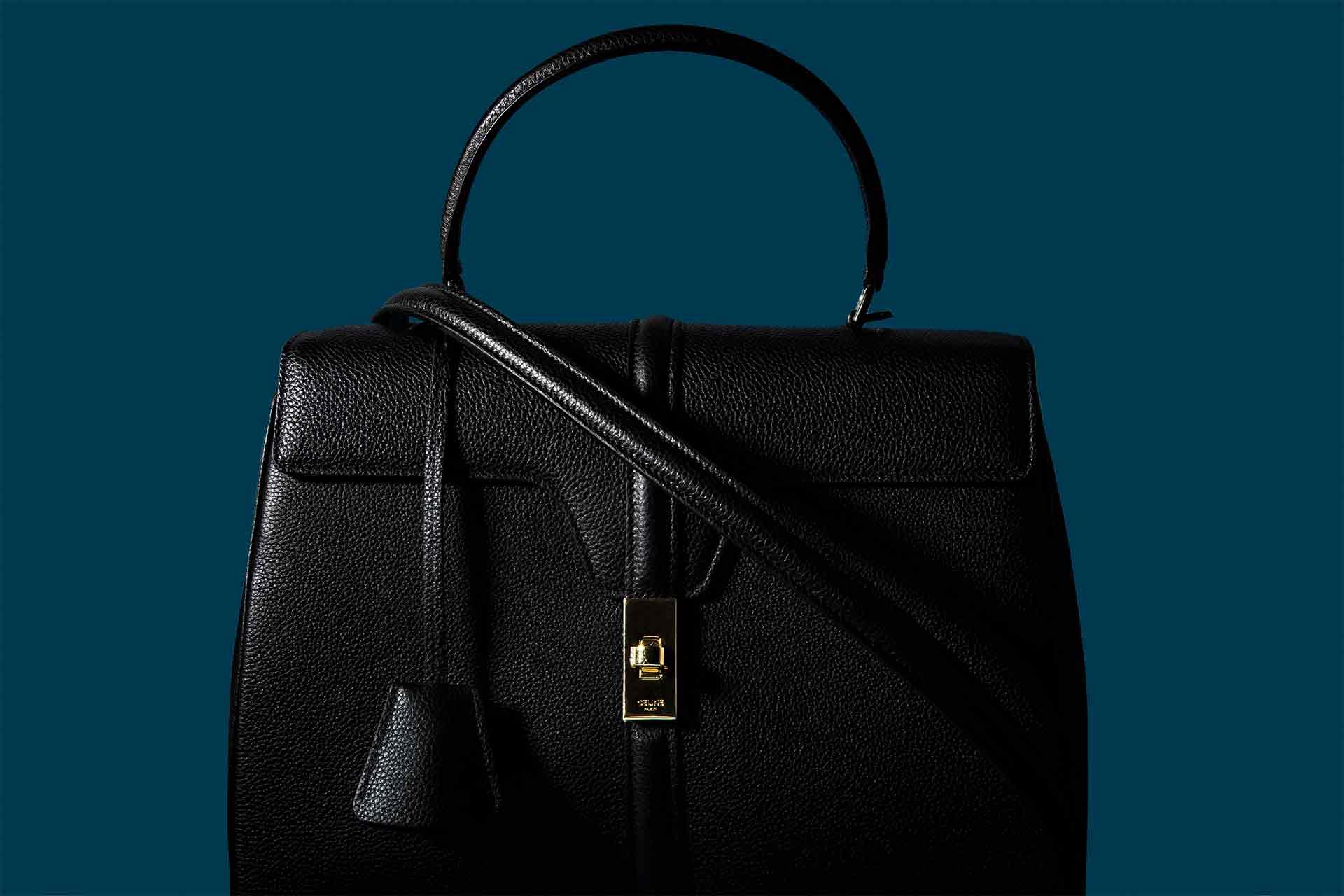 ウェブサイト(WEB)用、バッグ&小物商品撮影の写真です。クライアントはAMAZING CIRCUSです。(8o-102)