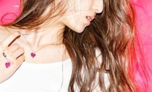 バナー(広告)用、ジュエリー&アクセサリーファッション モデル レディース撮影の写真です。クライアントはAMAZING CIRCUSです。(1k-168)