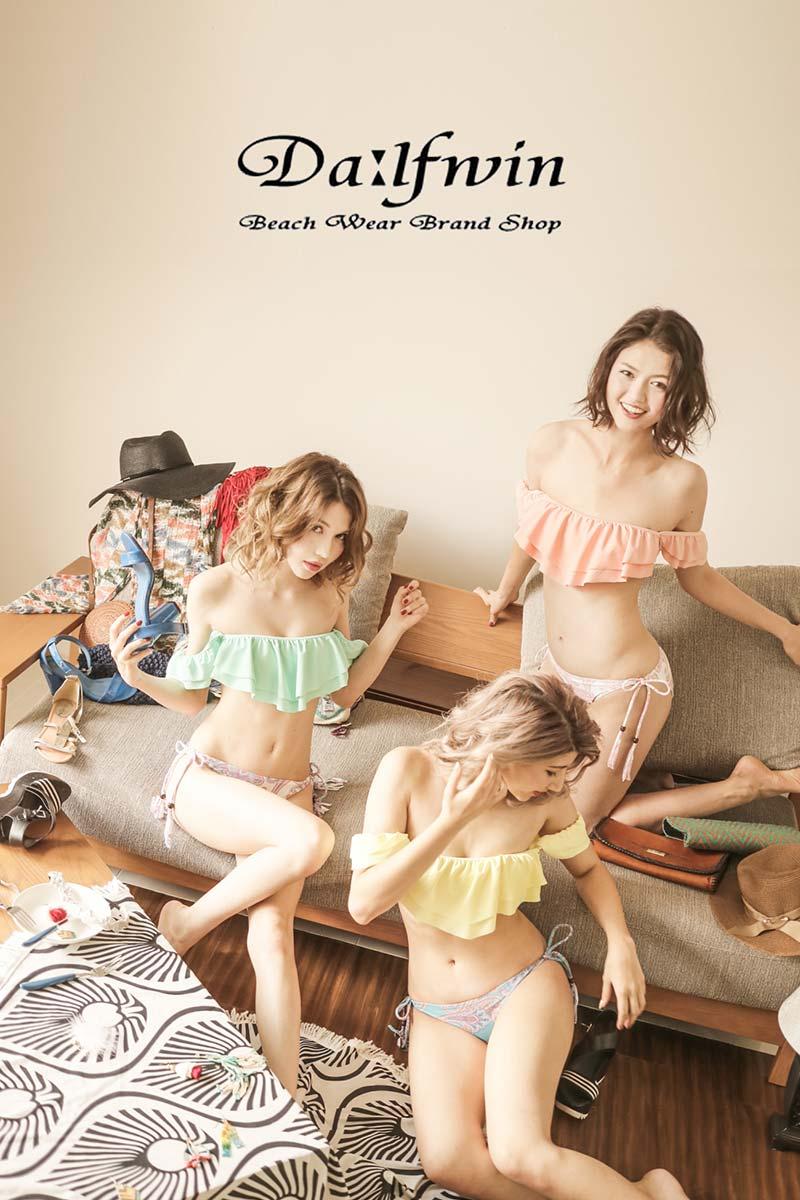 フライヤー・チラシ(広告)用のアパレルファッション モデル レディース撮影、アイキャッチ画像(1d-181)